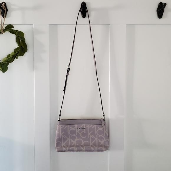 Calvin klein lavendar crossbody purse